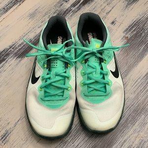 Women's Nike Metcon 2 Flywire Size 6 1/2